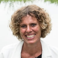Marcella Hallemeesch - trainer vitaliteit voor wandelcoaches