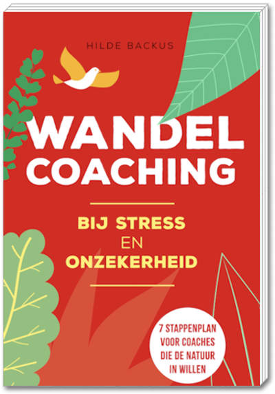 "Boek ""Wandelcoaching bij stress en onzekerheid"" - Hilde Backus"